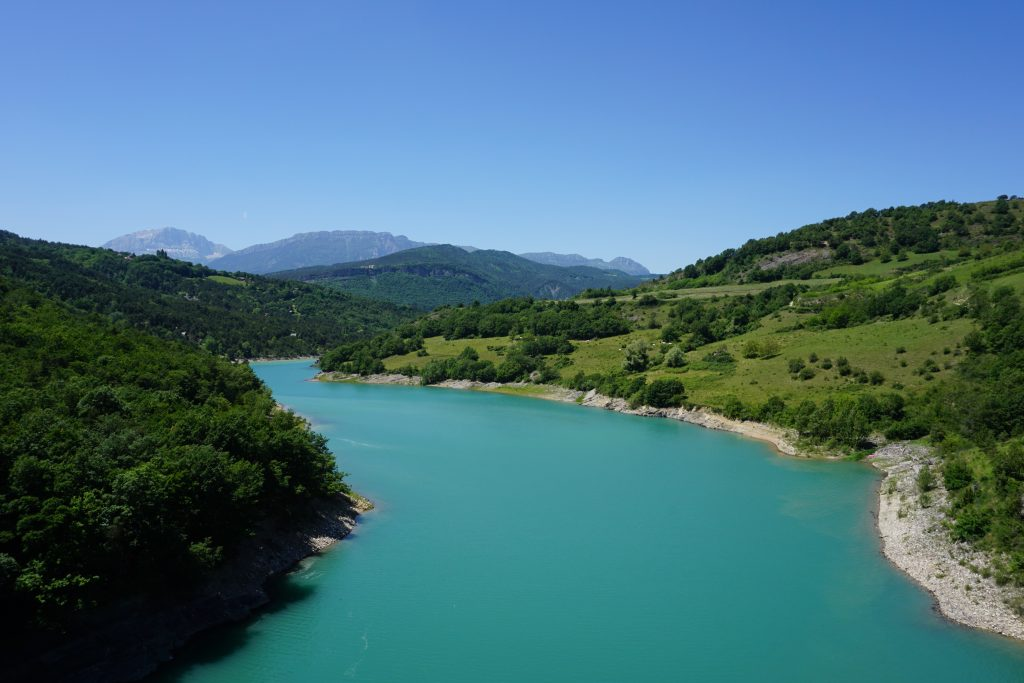 L'eau turquoise de Monteynard