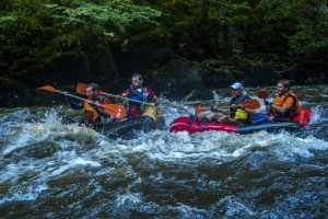 packrafts biplaces william shakes beer course raid aventure correze