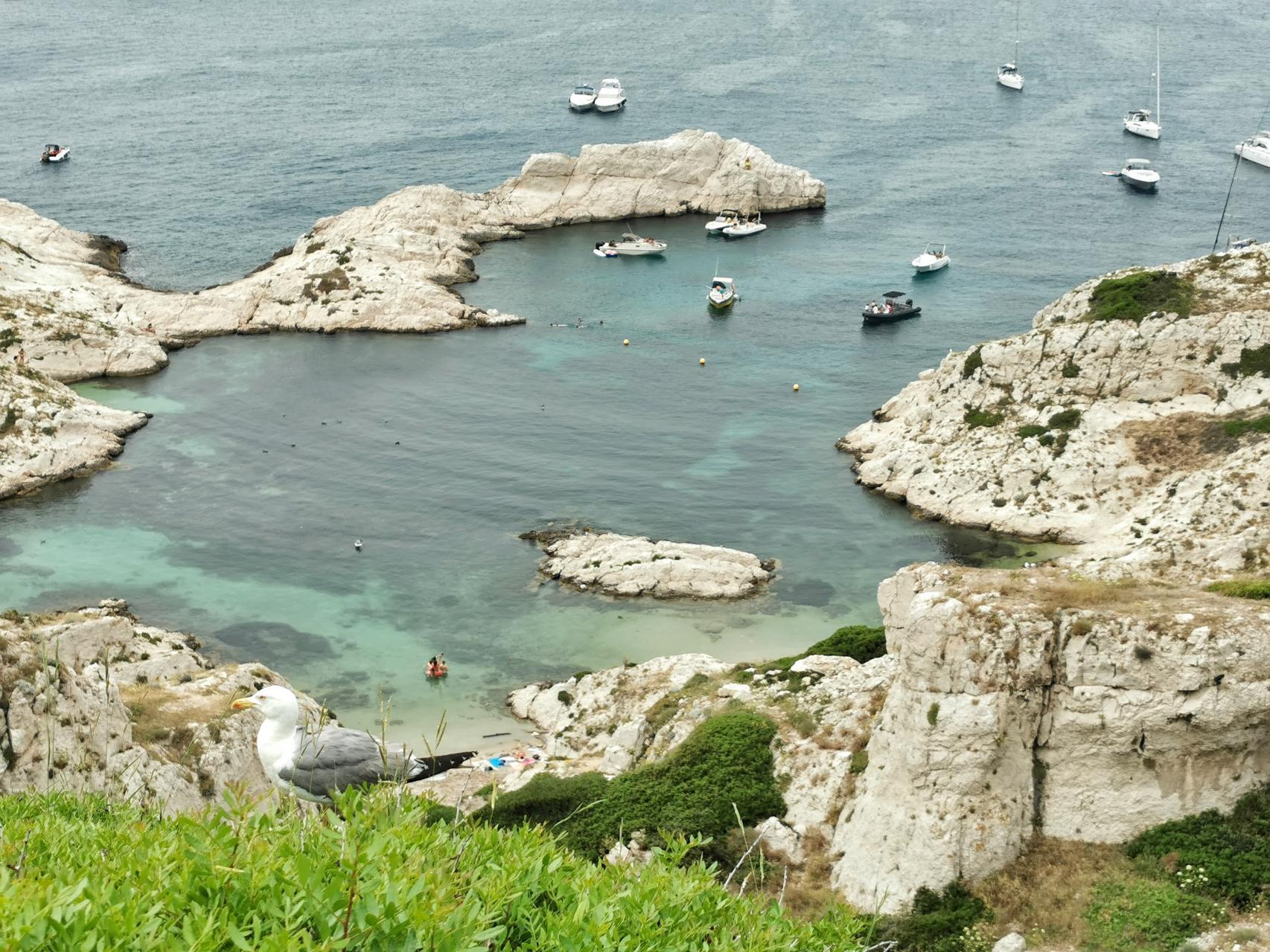 La calanque du Flancadou, tour des iles du Frioul en packraft ou kayak gonflable